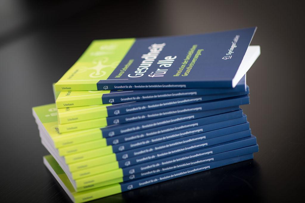 Buch Gesundheit für alle - Revolution der betrieblichen Gesundheitsversorgung _ Autor Marco Scherbaum _ Springer Verlag