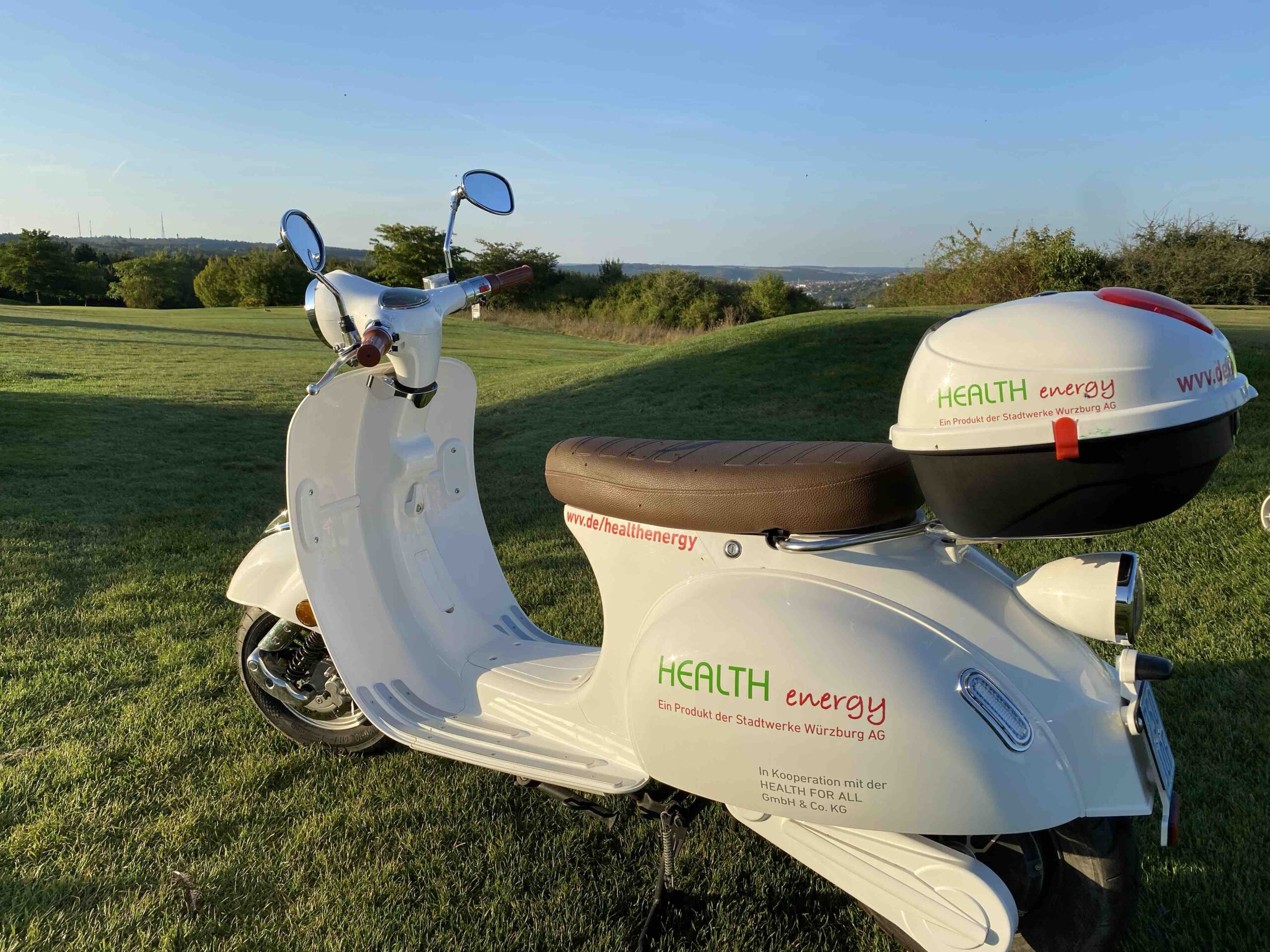 Hole in One Preis _ 1 Jahr HEALTH energy E-Roller